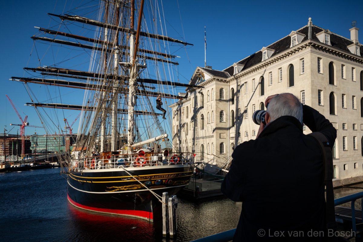 Architectuur en zeevaart fotograferen in hartje Amsterdam